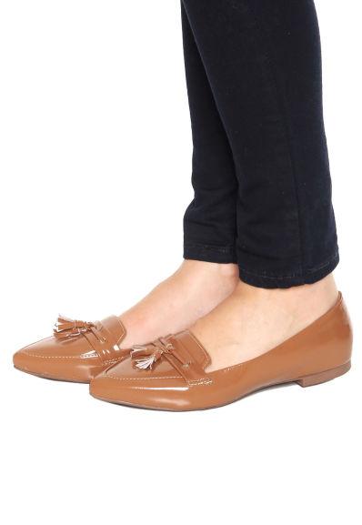 a48809972f 3 sapatilhas ou rasteiras por R 99