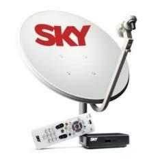 [Ricardo Eletro] Kit de Antena Parabólica Sky 60 cm + Receptor Digital Sky Pré Pago Flex SD por R$ 146