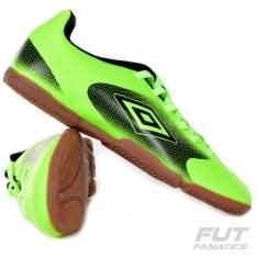 [Voltou - Futfanatics] Chuteira Umbro Striker IN Futsal (cores variadas) - R$30