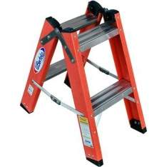 [Walmart] Escada Tesoura em Fibra de vidro W Bertolo TDF-2 com 2X2 degraus por R$ 55