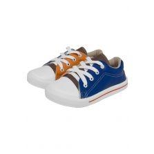 [TRICAE] Três pares de calçados infantis por - R$99