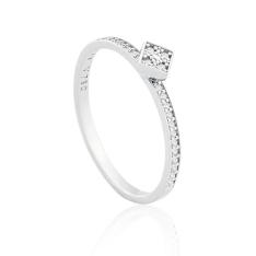 Anel Ouro Branco e Diamantes Pavê por R$ 954