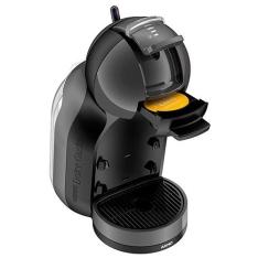 Cafeteira Nescafé Dolce Gusto Mini Me (200 reais em cápsulas) por R$230