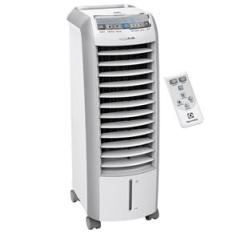 Climatizador de Ar Electrolux Clean Air Quente/Frio CL07R - Branc R$200