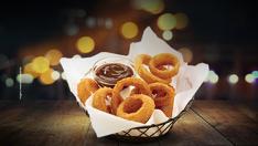 METADE DO PREÇO em qualquer porção de Crunchy Onion (half, regular e generous)