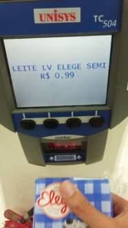 [Loja Física] Leite semidesnatado Elege - R$1