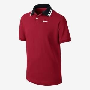 [Nike] Camisa Polo Manga Curta Club Pique Infantil - R$44