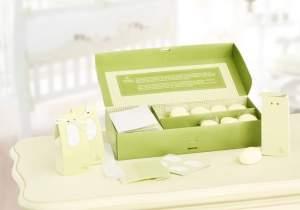 [Natura] Kit Presente Natura Mamãe e Bebê - 20 Minissabonetes + 20 Caixinhas + 20 Fitinhas + 20 Adesivos R$ 52,90