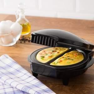 [Submarino] Omeleteira Fun Kitchen Preta - R$79,90