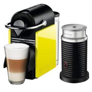 [Extra] Cafeteira Nespresso Pixie C60 Preta e Amarela + Aeroccino 3 por R$ 480
