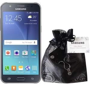 [Submarino] Smartphone Samsung Galaxy J5 Duos + Kit Swarovski por R$ 836,10