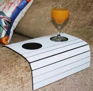 [Americanas] Bandeja para sofá com porta-copoAs por R$ 20