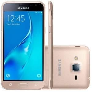 """[Mega Mamute] Smartphone Samsung Galaxy J3 Desbloqueado Tela 5"""" 8GB 4G Dual Chip Câmera Frontal Android 5.1 Dourado por R$ 617"""