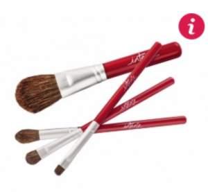 [O Boticário] Kit de pincéis de maquiagem - R$ 34