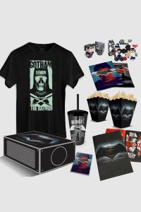 [DC Store] Gift Box DC Comics - Projetor Batman Vs Superman + Poster + 2 Baldes p/ Pipoca + Copo em Acrílico + Camiseta + Bloco de Anotações + Livreto com mini-posters + OUTRAS COISAS