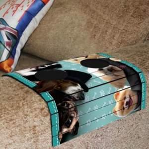 Esteira para Braço de Sofá Flexível com Porta Copos Estampa - R$13
