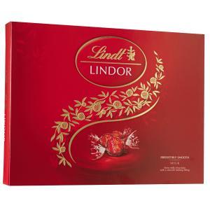 Chocolate Suíço ao Leite com Recheio Cremoso Lindor Balls LINDT Caixa 300g - R$65
