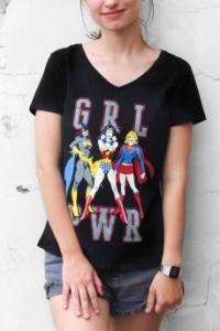 Camiseta Feminina Gola V GRL PWR - R$17,91