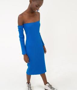 Vestido canelado ombro a ombro FARM (azul, cinza ou marrom) R$79