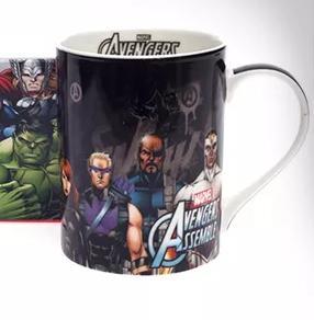 Caneca Avengers Assemble - R$19