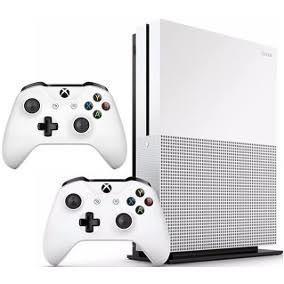 Xbox one s 1tb com 2 controles - Bemol