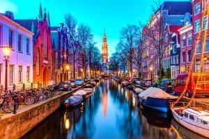 Voos para Amsterdam, ida e volta com taxas inclusas - R$1904