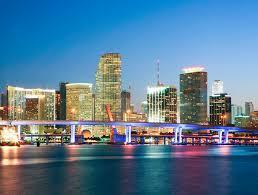 Voos para Miami, ida e volta, com taxas incluídas, a partir de R$1.304