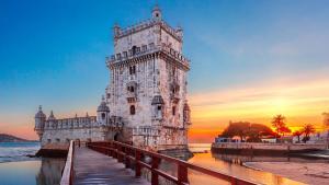 Pacote Lisboa, com aéreo, hotel e city tour incluídos, a partir de R$4.829