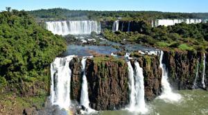 Voo Para Foz do Iguaçu, somente ida, com taxas inclusas a partir de R$285