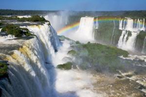 Pacote Foz do Iguaçu, com aereo, hotel e passeio às Cataratas Brasileiras, a partir de R$679