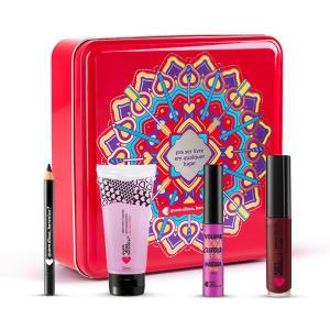 kit lata mandala cereja, mini lápis olhos, mini máscara, mini sabonete e batom líquido mate | R$90
