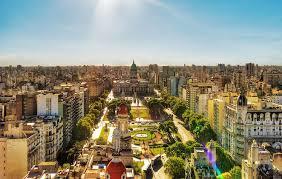 Voos para Buenos Aires, saindo de São Paulo. Ida e volta com taxas incluídas, por R$678
