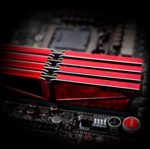 MEMORIA TEAM GROUP T-FORCE VULCAN 8GB (1X8) 2400MHZ DDR4 VERMELHA, TLRED48G2400HC1601 - R$299