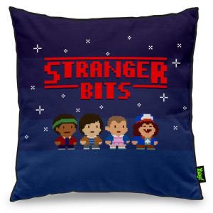 Almofada Stranger Bits  | R$30
