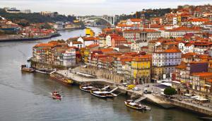Voos para o Porto/PT, saindo de São Paulo. Ida e volta, com taxas incluídas, a partir de R$1.388