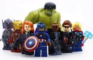 Kit 8 Vingadores Marvel Avengers Hulk Lego Guerra Infinita   R$65