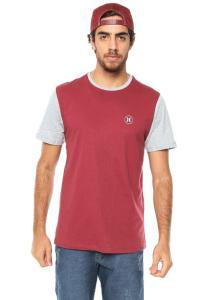 Camiseta Hurley Silk Vinho R$34