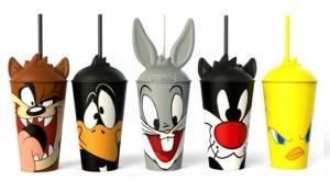 Compre um combo no Giraffas e ganhe um Copo Looney Tunes