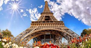 Voos para Paris, saindo do Rio de Janeiro. Ida e volta, com taxas incluídas, a partir de R$1.947