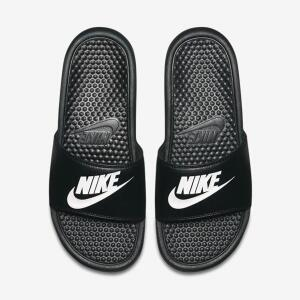 Sandália Nike Benassi JDI Masculina - Preto e Branco - R$70