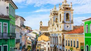 Pacote Salvador: aéreo do Rio de Janeiro + hospedagem, para 2 adultos, por R$1.460