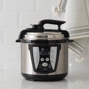 Panela de Pressão Elétrica 4L Inox 110V Fun Kitchen com 2 anos de Garantia - R$171