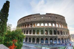 Londres e Roma, na mesma viagem, saindo de SP. Todos os trechos, com taxas incluídas, a partir de R$2.193