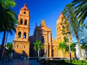 Voos para Santa Cruz de La Sierra, saindo de São Paulo. Ida e volta, com taxas incluídas, a partir de R$830