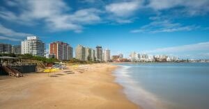 Passagens para Punta Del Este, saindo de Porto Alegre, São Paulo e etc, a partir de R$821