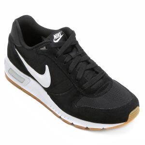 Tênis Nike Nightgazer Masculino - Preto e Branco - R$190