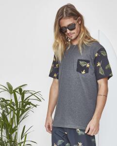 Camiseta Tropical | R$20