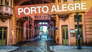 Voos de São Paulo para Porto Alegre por R$256