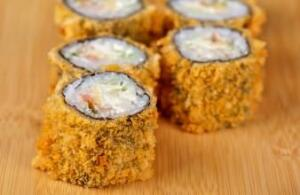 Oyabun Sushi Bar: 3 Peças de Hot [PORTO ALEGRE]