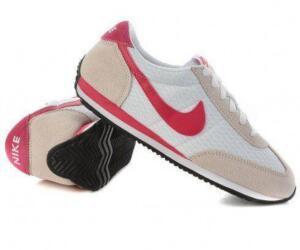 Tênis Nike Oceania Textile - Feminino - R$124